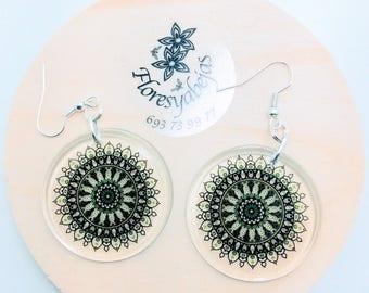 Transparent resin earrings with Mandala Life