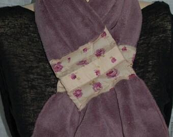 Scarf plum magnetic closure and fabric fleuri166