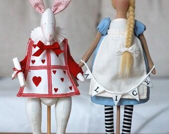 Alice and the White Rabbit  PDF pattern italiano