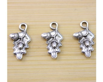 10 Oak Leaf Charms with Acorns Well Crafted Silver Tone Leaves Nature Fall Jewelry Supplies 22x13mm