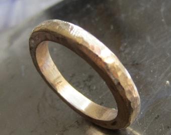 Thick Gold Band 18 Karat yellow, a wonderful wedding ring