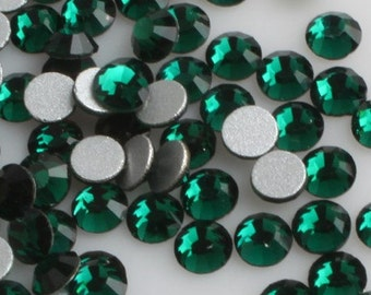 Emerald Green Crystal Glass Rhinestones - SS34, 288 pieces - 7mm Flatback, Round, Loose Bling