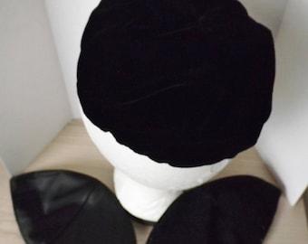 VINTAGE BLACK KIPPOTS, yarmulkes, skull caps