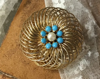 Super Swirled Faux Pearl Faux Turquoise Gold Tone Brooch Pin Unsigned 1960's 1970's Round Circular Three Dimensional Twirled Gold Tone Wire