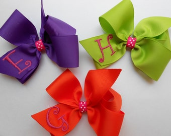 Choose Any 3, Monogram Hair Bows, Girls Gift Idea, Custom Boutique, Hairbows Kids, Medium Size, Embroidered, Monogrammed, Letter Initials,