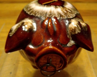 Vintage-Pottery-Brown-Drip-Corky-Piggy-Bank-1957-Signed-Hull-Pottery