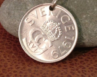 1979 Sweden 5 Kronor Coin Keyring, Swedish Coin Keychain. Coin Key Ring