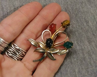 Vintage Scarab brooch. Egyptian revival scarab brooch.