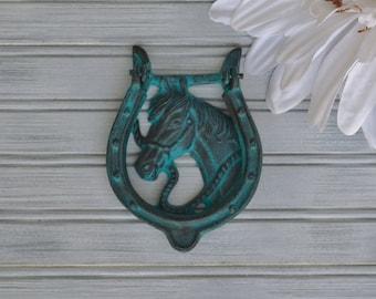 Horse Door Knocker. Horse Decor. Western Decor. Farmhouse. Door Knocker. Door Decor. Cowboy. Horseshoe. Horseshoe Decor. Horse Shoe