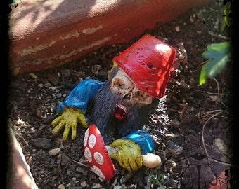 Garden gnomes Zombie (5-9 cm)