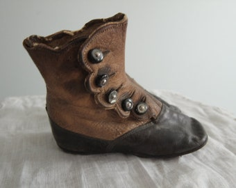1890'S Infant/Toddler Button Up Soft Sole Shoes