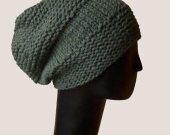Slouchy Beanie  / Hand Knit Hat / Warm Winter Hat / Chunky Beanie / Green Knit Hat / Wool Hat / Slouchy Beanie / Green Beanie