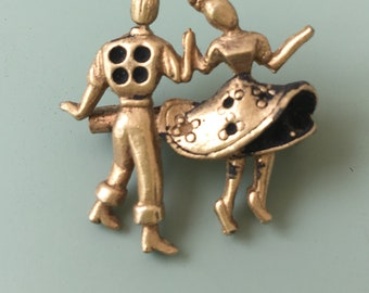 Lovely vintage Couple Dancing Brooch