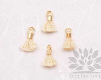 T010-IV// Ivory Tiny 10mm Tassel, 6 pcs