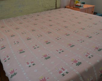 Perfectly Pink Vintage Full/Queen Bates Scandinavian Tulip Coverlet Bedspread - Made in the USA!