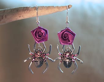 """Earrings in silver, """"Spider"""" Gothic Halloween costume."""