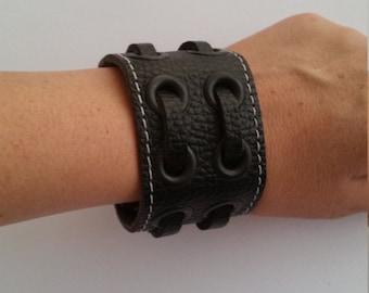 Leather bracelet, genuine leather wristband, first class leather cuff bracelet, wrist band, black bracelet