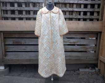 Vintage 1970's 80's  Lu-Say Gold and Cream Long Quilted Robe Dressing Gown With 2 Pockets
