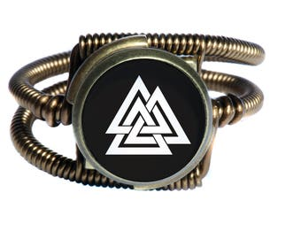 Steampunk Ring with Valknut – Viking Symbol of Three Interlocking Triangles