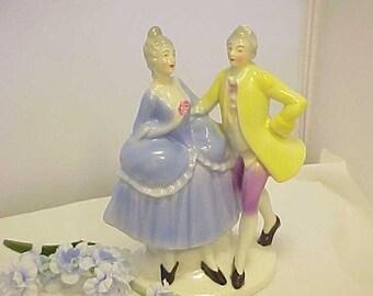 années 1940 Figurine Couple Erphila Colonial marqué Allemagne US Zone, Mid Century Home Decor à la main Knick peint truc en bleu et jaune