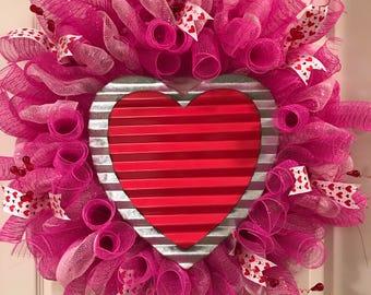 Tin Heart Deco Mesh Wreath