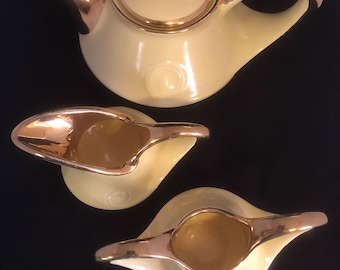 Vintage Pearl china co, 3 pc set- teapot, sugar bowl and creamer, 22 kt gold trim, art deco