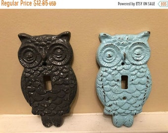 ON SALE, SPRING Sale Owl Cast Iron Light Plate/ Owl Wall Decor/ Nursery Decor/ Single Light Plate