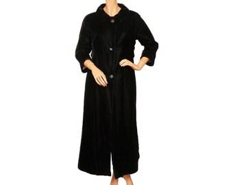 Vintage Black Velvet Evening Coat 1960s Ladies Small