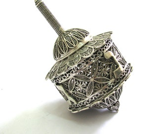Exclusive Hanukkah Dreidel, 925 Sterling Silver, Filigree Dreidel Box, Hanukkah Gift, Judaica, Hanukkah Decor, Free Express Shipping, ID948