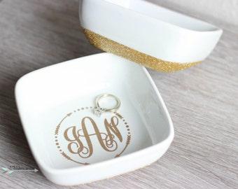 Monogram Ring Dish, Ring Dish, Bridesmaids Gifts, Bride Gifts, Ring holder, Glitter Ring Tray, custom ring dish, monogram bridesmaid gift