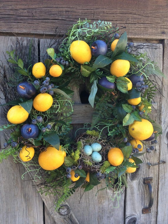 Lemon Wreath Decor