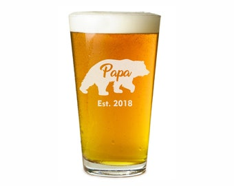 Papa Bear Beer Glass - Custom Beer Glass - Pint Glass - Dad Beer Glass - Father's Day Gift