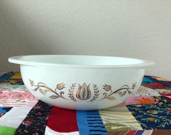 Pyrex Golden Tulip Ovenware 024 2 Qt Round Casserole Baking Dish Promotional Pattern