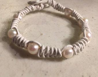 White Bracelet - Macrame Jewelry -  Pearl Gemstones - Leather - Fashion - Trendy - Beaded - Silver Button