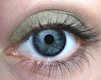 Sage Green Eyeshadow, Mineral Makeup, Natural Eye Color, Eye Shadow Eyeshadow, Green Shimmer,  Cruelty Free Beauty, Vegan Cosmetics