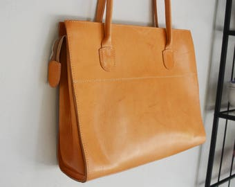 Genuine Leather Tote Bag, Large Leather Tote with zipper, Tan Leather Tote, Women's Laptop Bag, Handmade in Greece