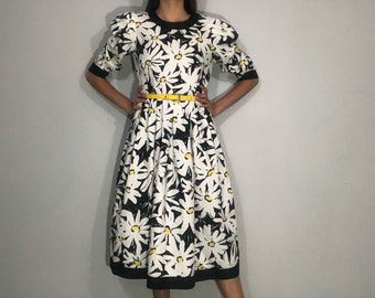 1980s daisy dress