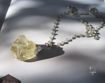 Yellow Solar Quartz 91,15Cts ~MAJOR SIZE~ One of a Kind - Silver plated with Labradorite sterling silver chain