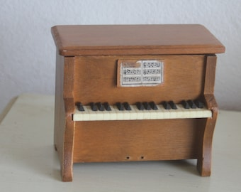 Mini Piano Stash Box