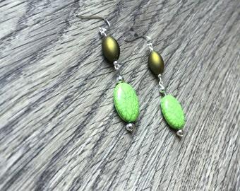 Silver Plated Green Oval Dangle Earrings