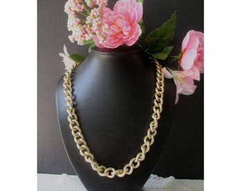 Chunky Link Necklace * Gold Tone * Light Weight Chain * Classic Vintage