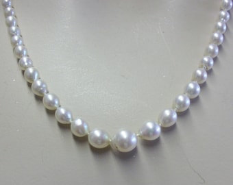 Vintage String of Graduated Cultured Pearls