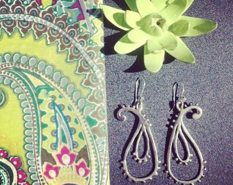 Bali Paisley Earrings in White or Gold Bronze