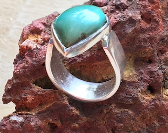 Blue turquoise Ring, Turquoise Ring, 925 Sterling turquoise Ring, Silver turquoise Ring, Ring size 6.5, Teardrop Ring, Turquoise jewelry,