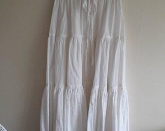 Cottonade Vintage 1970's White Skirt & Top suit Size 10