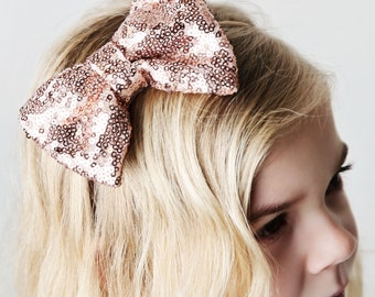 Rose Gold Sequin Bow Headband, Baby Sparkly Headband, Rose Gold Headband, Sequin Bow, Rose Gold, Trendy Baby Headband, Modern Baby Accessory