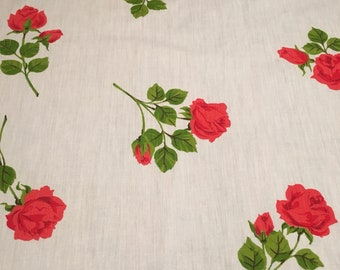 Beautiful Vintage Tablecloth Red Roses