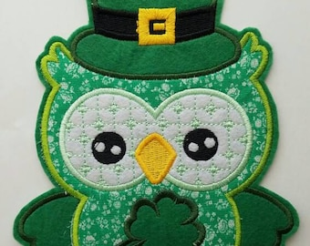 Owl large patch, St Patrick day embroidery patch, Green owl Saint Patrick day patch