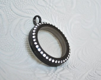 Matte Black - Large Floating Living Memory Charm Locket - 30 mm