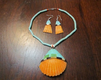 Santo Domingo Necklace and Earrings with Shells